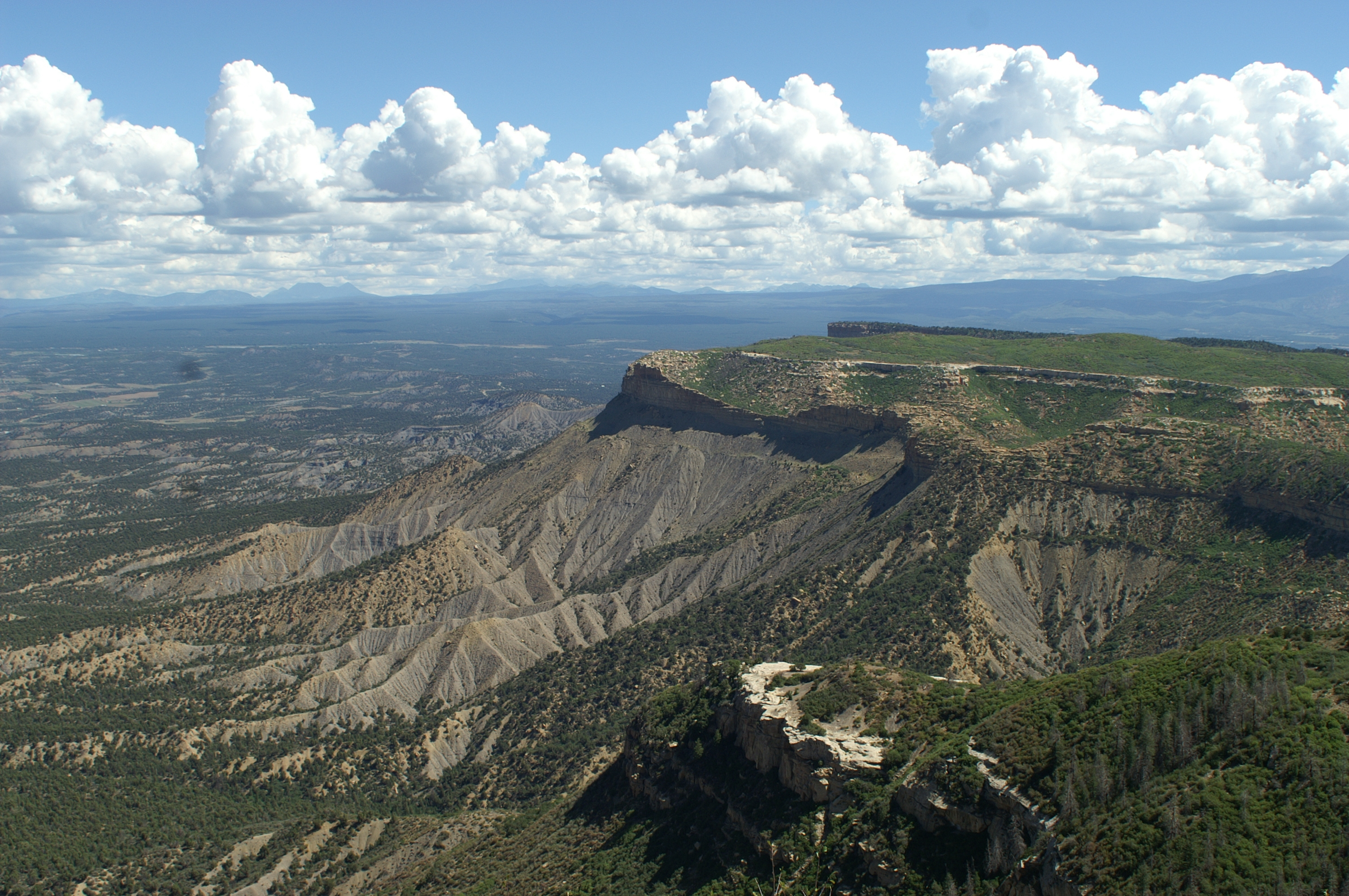 mesa verde national park lesbian singles Whether you're hitting the road along mcphee reservoir, twisting through single track in boggy draw's ponderosa pines, riding slick rock in canyons of the ancients, or getting your thrill at the phil's world trail system, mesa verde country has enough riding to make your legs scream.